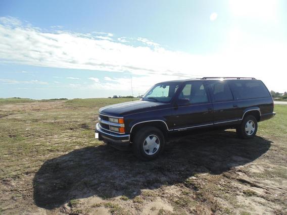 Chevrolet Suburban Lt 4x4 V8 5.7 Nafta