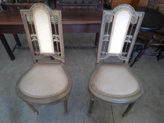 Par De Antigas Cadeiras De Madeira Nobre Decorativas