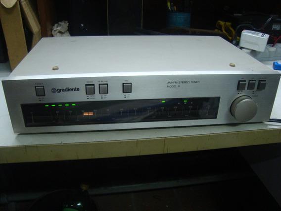 Tuner Gradiente Model 9