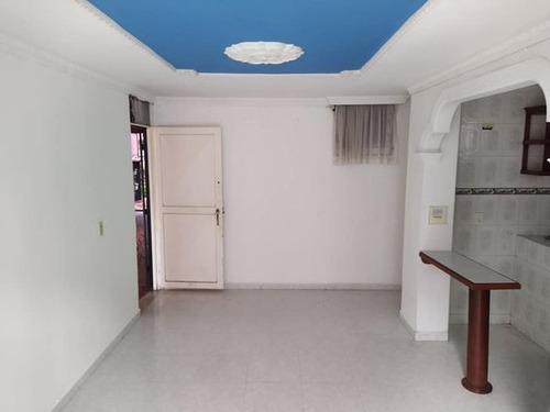 Imagen 1 de 10 de Apartamento Multifamiliares Centauros Primer Piso