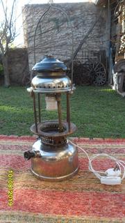 Antiguo Farol A Kerosene Marca Faromet Electrificado