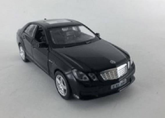 Miniatura 1:32 Mercedes E63 Amg- Luz/som-california