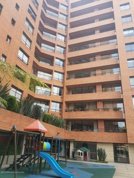 Exclusivo Apartamento En Arriendo En Santa Ana Mls 20-22