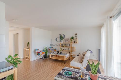 Apartamento En Venta De 2 Dormitorios En Malvin Con Balcón