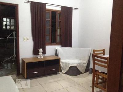 Casa Mobiliada Com 1 Dormitório E 2 Garagens - Id: 892966885 - 266885