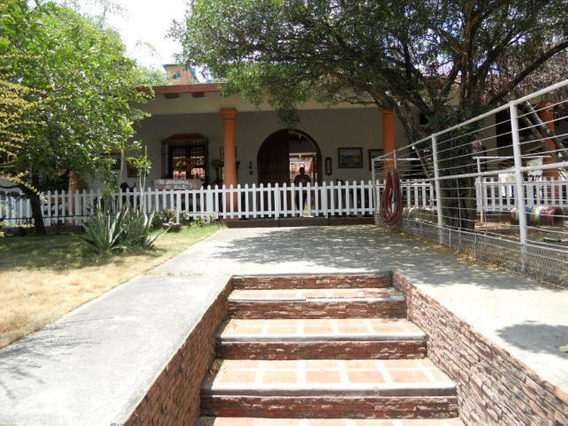Vm 16-6499 Casa En Venta, Las Barrancas, Guatire