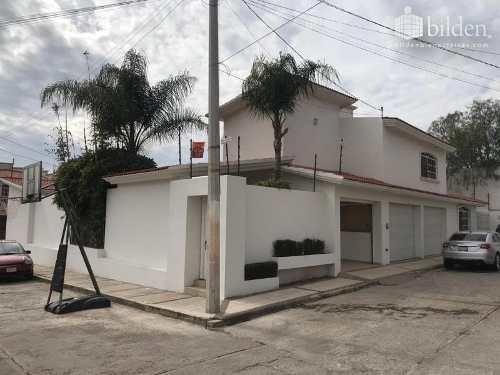 Casa En Renta En Fracc Lomas Del Sahuatoba