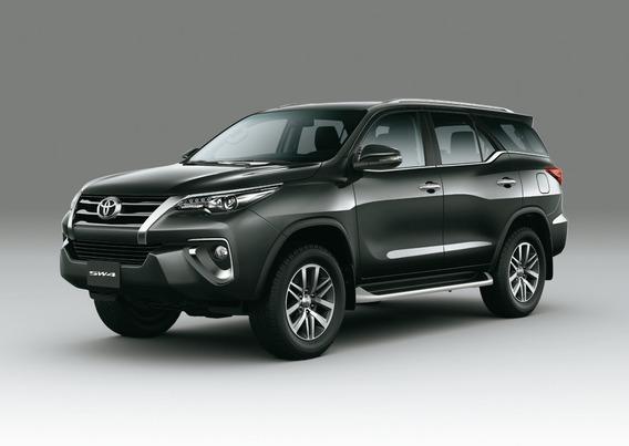Toyota Sw4 4x4 Srx 2.8 Tdi A/t 7 Asientos