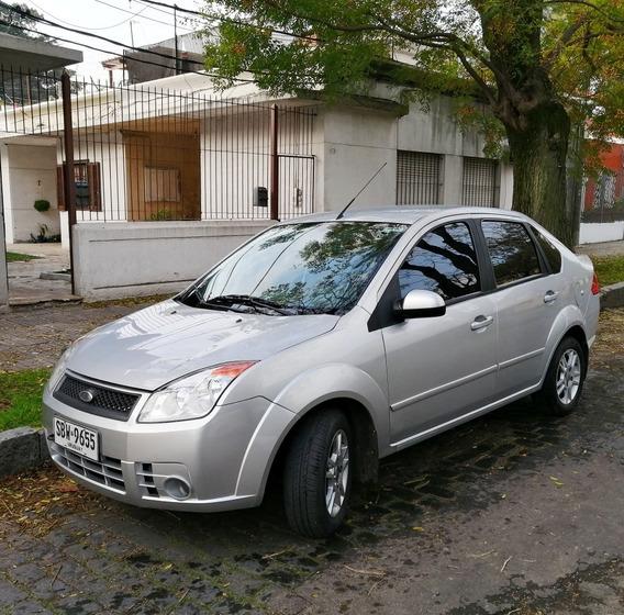 Ford Fiesta 1.6 L Sedan Extra Full