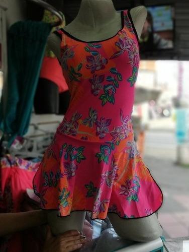 Hermoso Vestido De Baño Enterizo Con Falda Copas Internas