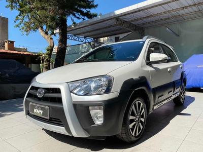 Toyota Etios Cross 1.5 16v Flex 4p Manual-2014/2015