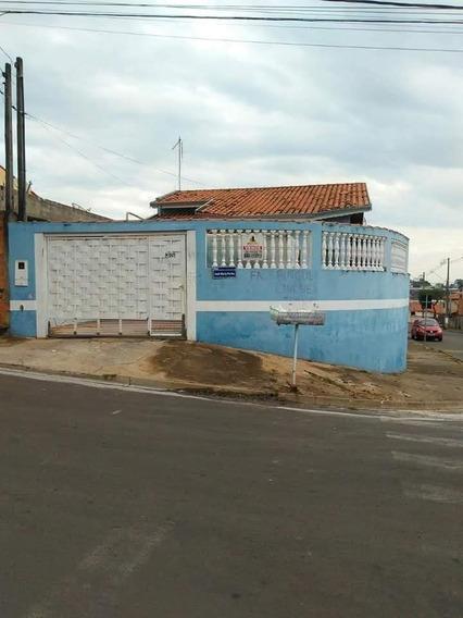 Vende_se Casa Com 4 Cômodos, Um Salão Comercial Com Banheiro