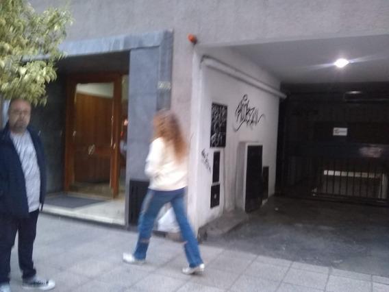 2 Cocheras Cubiertas En Edificio Zona Centro!!!