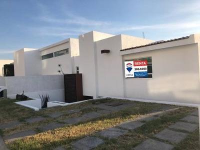 Casa En Renta En Arboledas Del Parque