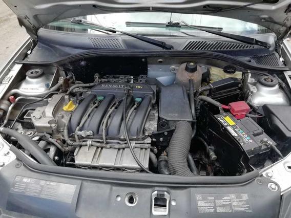 Renault Clio 2005 Gris Plata