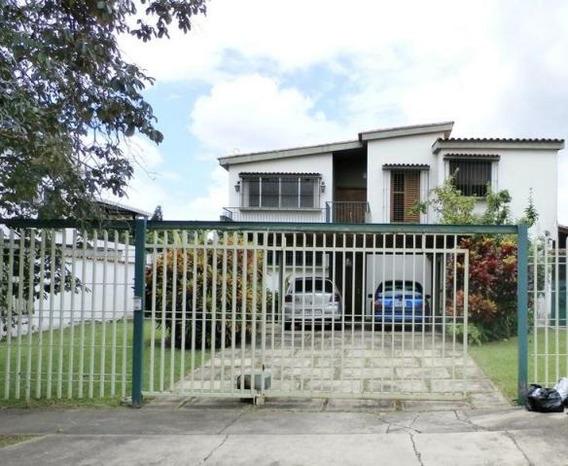 Casa En Venta La Vina Om 19-5700