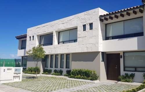 Casa En Venta Enganche Diferido, Cerca De Metepec