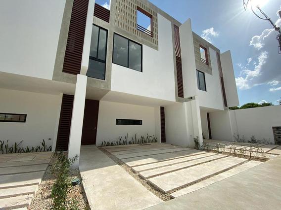 Townhouse En Renta En Merida, Benito Juarez Nte. ¡con Rooftop!