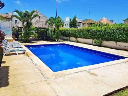Casa En Venta A 10 Minutos De La Playa Y La 5ta Avenida