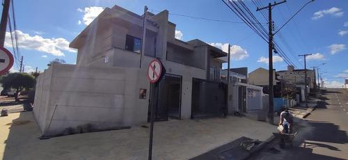Sobrado Para Venda Em Guarapuava, Batel, 3 Dormitórios, 1 Suíte, 1 Banheiro - _2-1057597