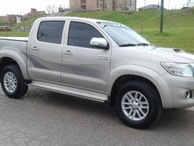 Toyota Hilux 3.0 Cd Srv Cuero I 4x4 5at - A4 2015