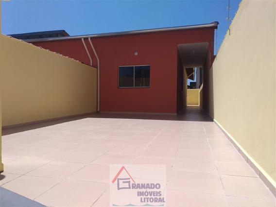Casa Na Praia De Itanhaém 2 Dormitórios. Utilize Seu Fgts