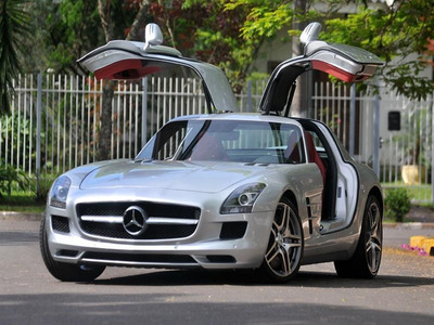 Mercedes Sls 63 Amg V8 Otima Oportunidade