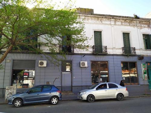 Local Con Vivienda-zona Comercial Macrocentro,s/rivadavia