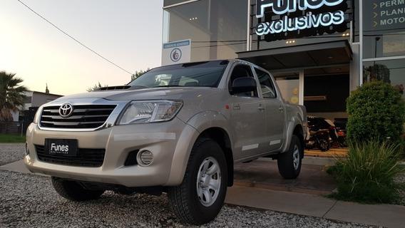 Toyota Hilux 3.0 Cd Sr C/ab 171cv 4x2 - Año 2014
