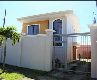 Se Vende Preciosa Casa En Residencial Privado San Joaquin Fl