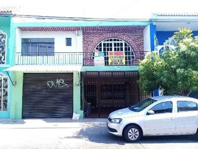 Casa Sola En Venta En Insurgentes 1a Secc, Guadalajara, Jalisco