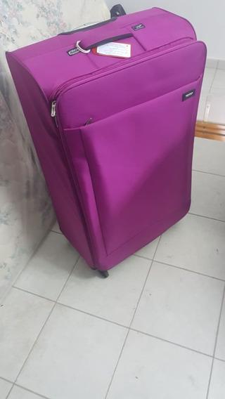 Valija De Turista Muy Buen Estado Color Lila Regalo!!!