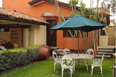 Hermosa Casa En Renta De Una Planta En El Centro De Apizaco !!