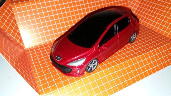 Autito En Escala 1.43 Peugeot 308, Bordo