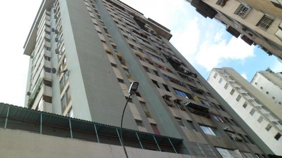 Apartamento En Venta,la Candelaria,caracas,mls #19-16457