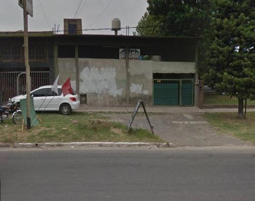 Excelente Losa Con Dos Locales Mas Casa. Quilmes
