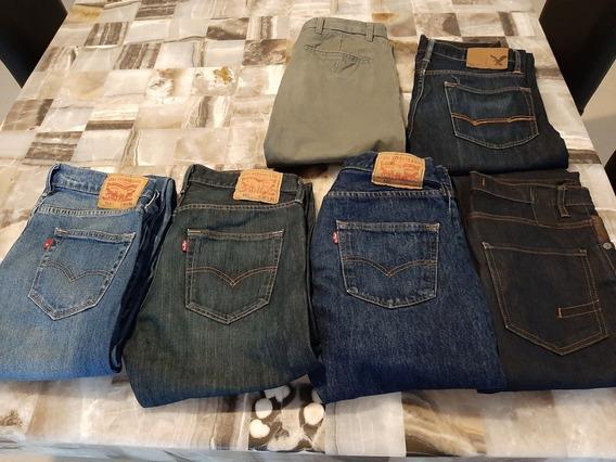 6 Pantalones: 3 Levis, 1 Dockers, 1 American Eagle, 1 Zara.