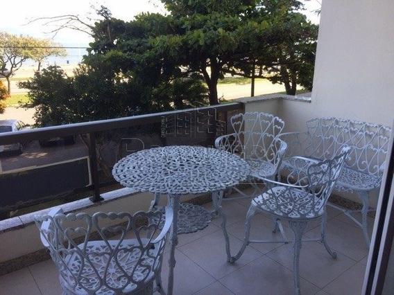Apartamento A Venda No Bairro Agronomica Em Florianopolis - V-78784