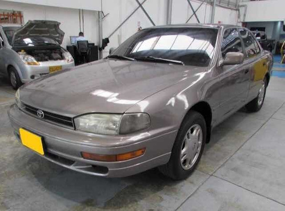 Toyota Camry Camry Deluxe