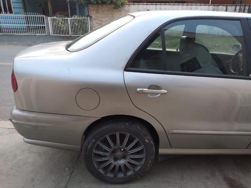 Imagem 1 de 11 de Fiat Marea 2003