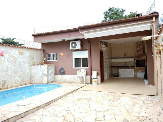 Casa Térrea Com 02 Dormitórios, 02 Vagas, Piscina E + 01 Suíte. - V337