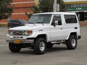 Toyota Land Cruiser Mt 4300 4x4