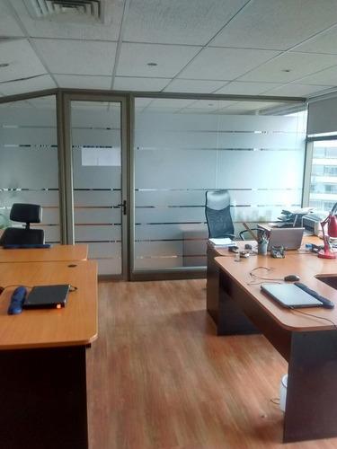 Imagen 1 de 10 de Hermosa Oficina.