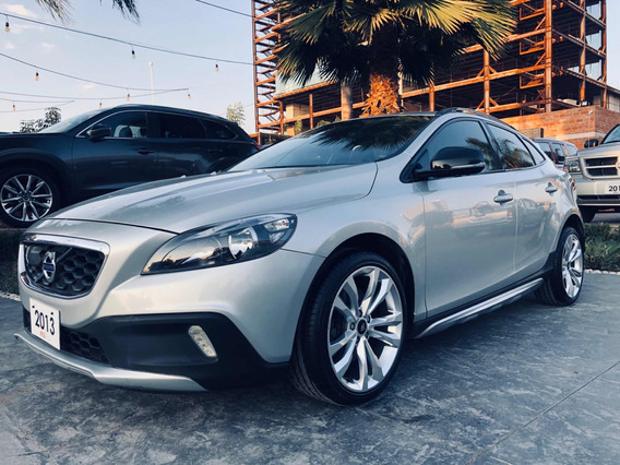Volvo V40 1.6 Evolution Cross Country 2013