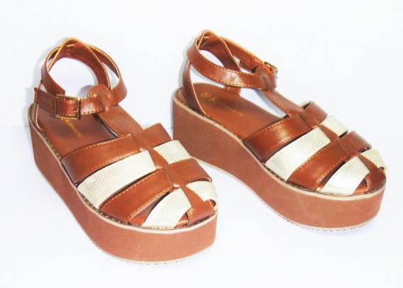 Sandalia Plataforma Con Puntera