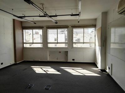 Oficina 4 Despachos + Sala+2 Baños + Cocina Dueño Directo