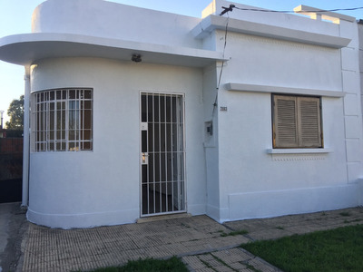Casa En Alquiler En Cno. Carrasco