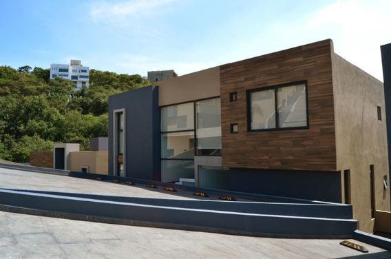 Ev1371-2 Residencia Nueva De Impecable Gusto En Venta En Sayavedra.