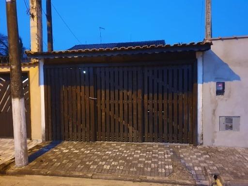 Casa Com 02 Dormotórios A 50ms Do Mar Em Mongaguá-sp