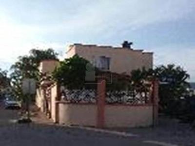 Casa En Venta Con Terreno Excedente En Brisas Del Lago/ León (guanajuato)